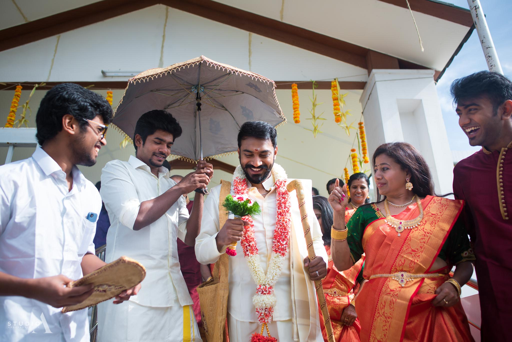 candid-wedding-photographer-chennai-11