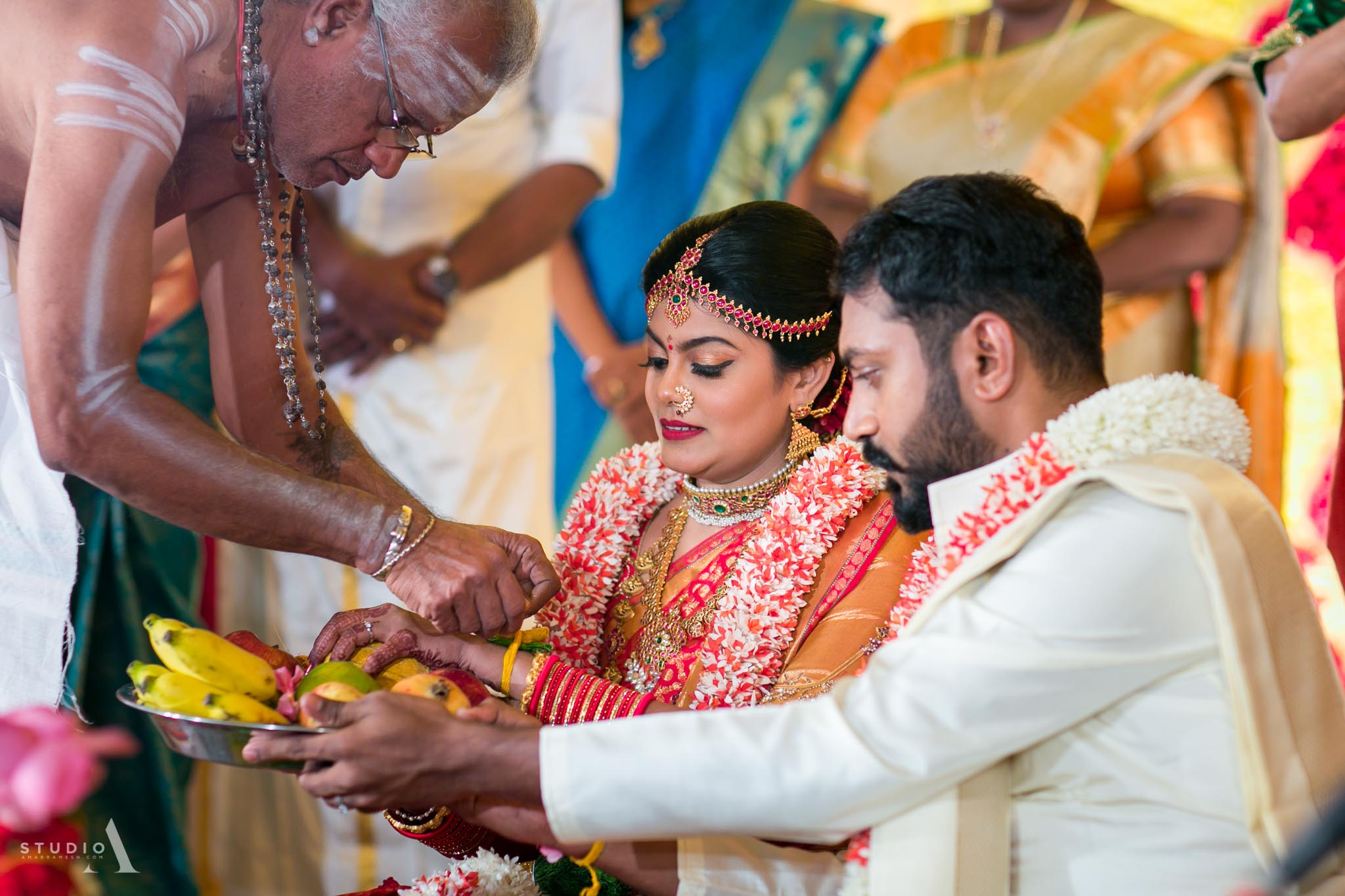candid-wedding-photographer-chennai-15