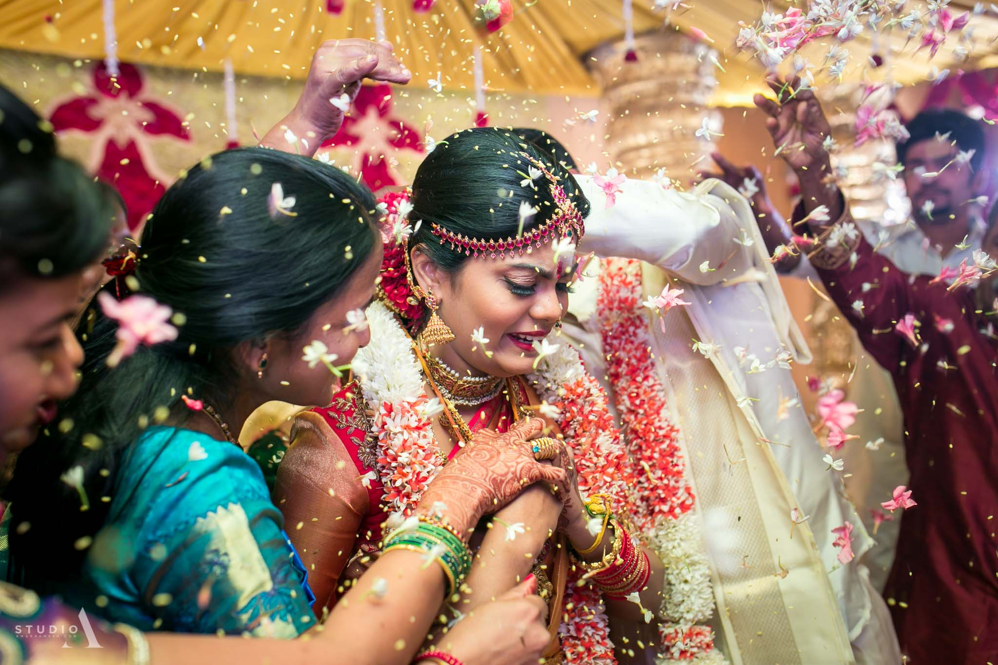 candid-wedding-photographer-chennai-18