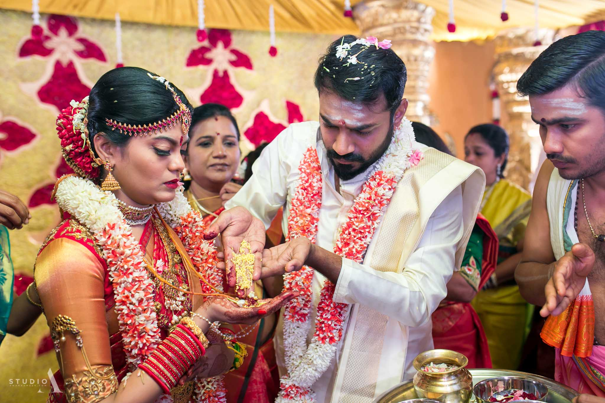 candid-wedding-photographer-chennai-19