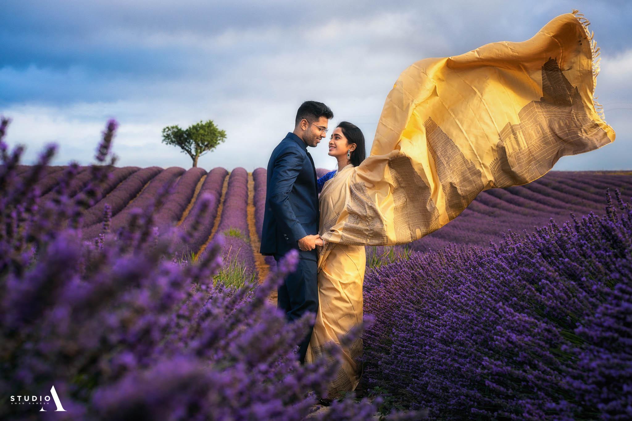 outdoor-couple-shoot-paris-lavender-5